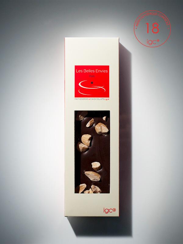 Tablette de chocolat noir aux amandes, IG bas.